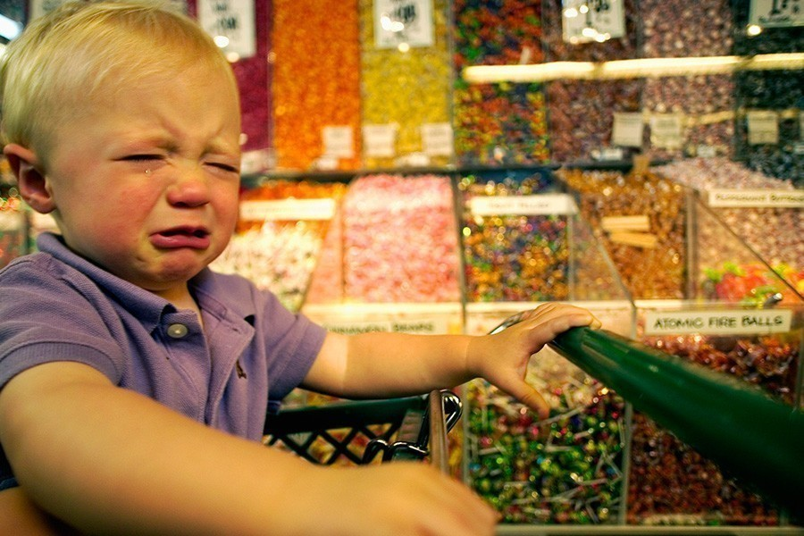 Kako da se ponašate kada se dete zaceni?