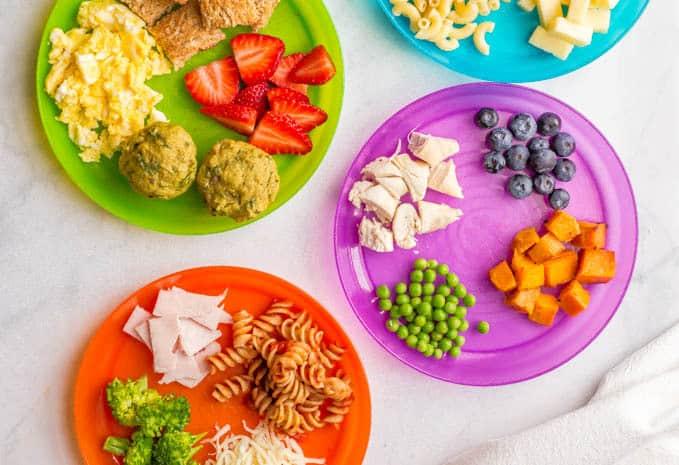 """Razvoj navika u ishrani """"prohodalog"""" deteta od 12+ meseci"""