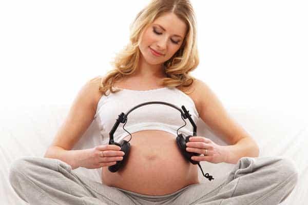 Uticaj muzike na trudnice, fetus i bebe
