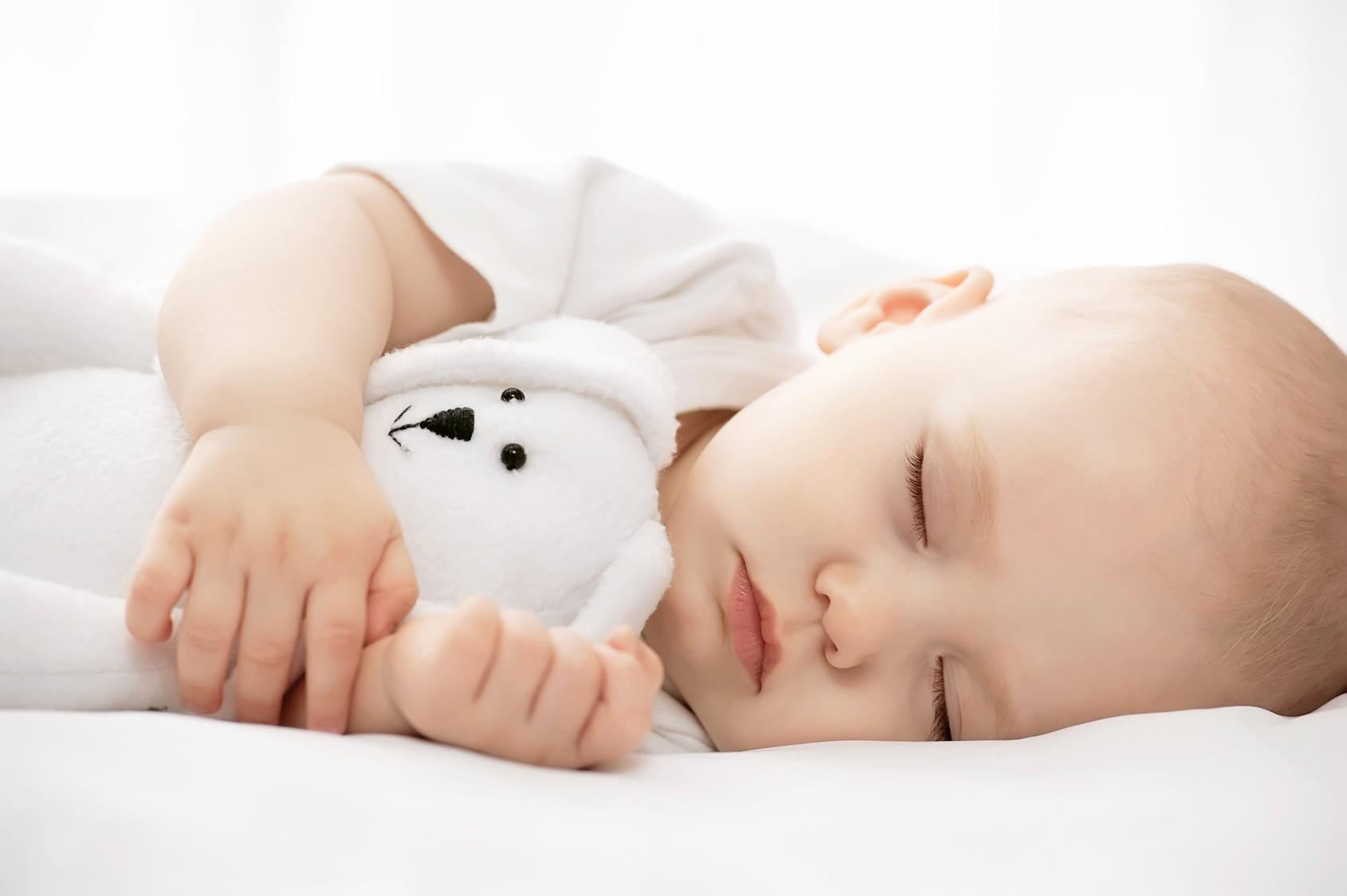 Kad i koliko beba spava?